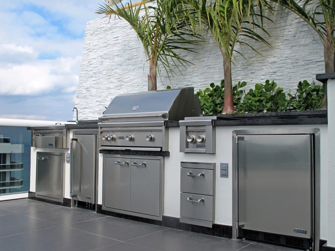 Custom BBQ islands In Miami